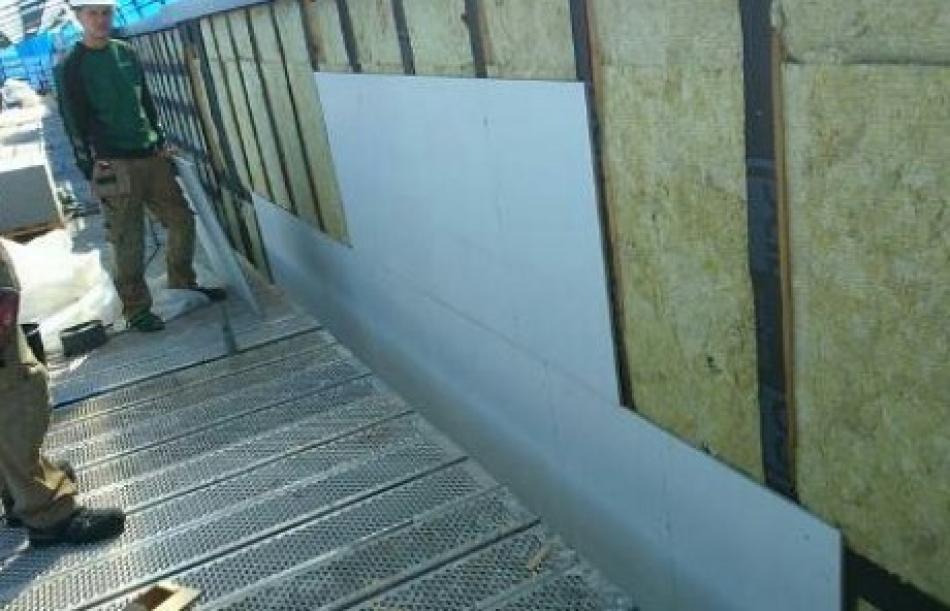 Færch & Co. står for omfattende facade renovering på Hjørring Rådhus